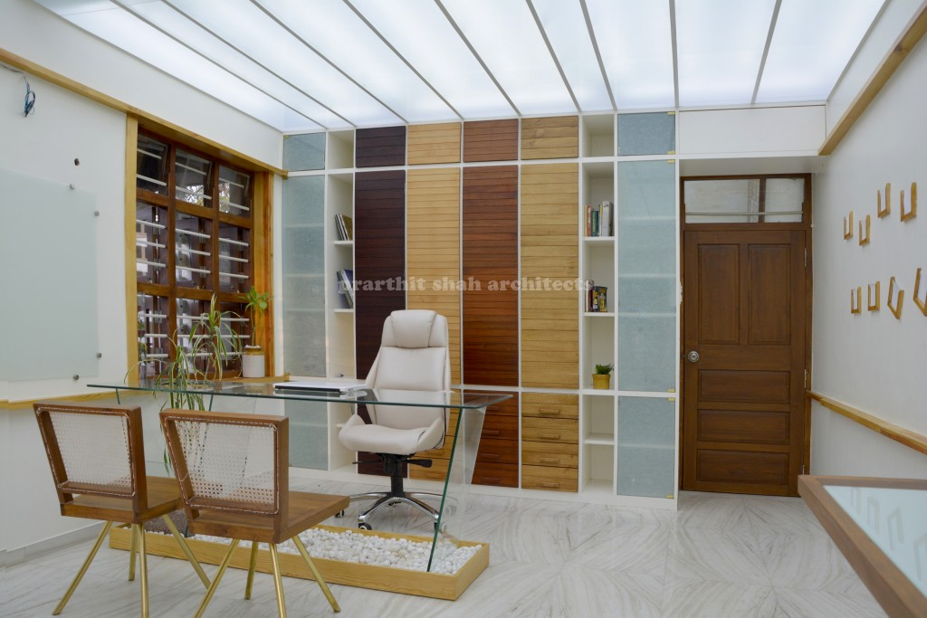 architect's office + home - interior designer in Gujarat