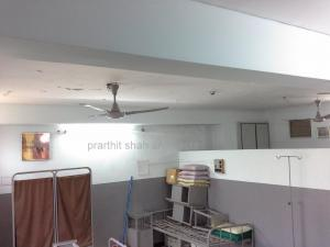 exisitng  dental clinic @ prarthana hospital prarthit shah architects