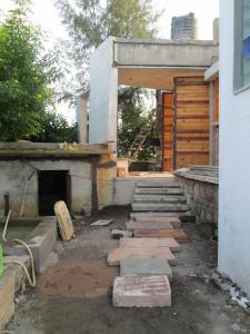 6.-Lanscaping-villa-aaranyak-making-6