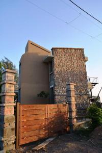 7.-Finishing-villa-aaranyak-making-21