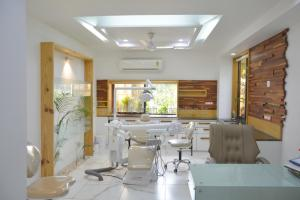 Dental Clinic operatory@ prarthana Hospital Prarthit Shah Architects Rajkot
