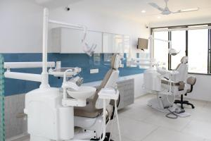 Dental clinic chair of Maa Sharda clinic