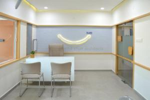 Smile dental clinic consulting design