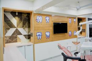modern-dental--clinic--prarthit-shah-architects-1