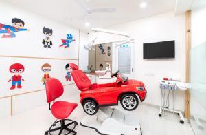 pediatric-chair-dental-clinic-interior-at-jodhpur,-rajasthan(6)