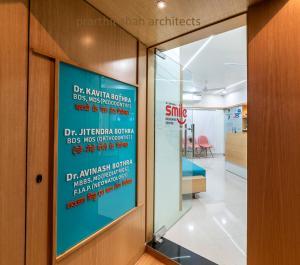 pediatric-dental-clinic-design-at-jodhpur,-rajasthan--prarthit-shah-architects-(9)
